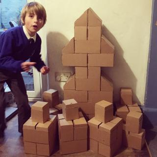 Kids' Construction Advent using Gigi Bloks with Story of Mum: a christmas tree and presents