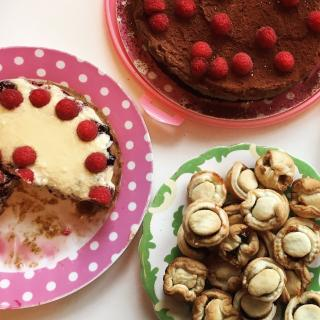 Sunday Mama: cakes from our Sunday Morning retreats for mothers in Cornwall - part of a gift package for mums in need of a break: original presents for mothers from Story of Mum in Cornwall
