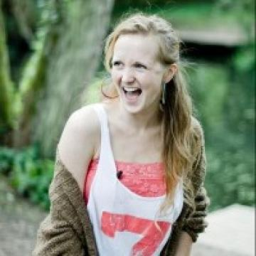Hollie McNish is coming to play!